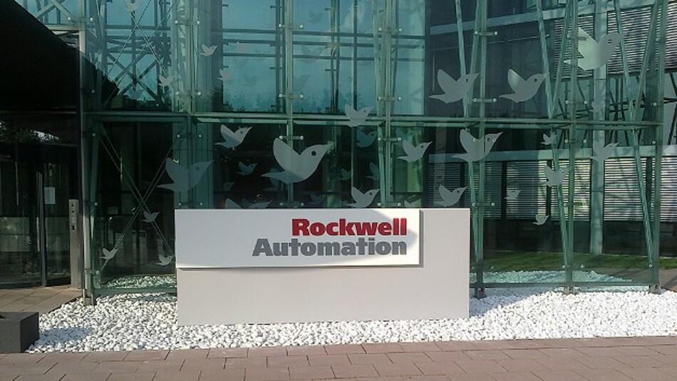 Der Eingangsbereich des neuen deutschen Hauptsitzes von Rockwell Automation in Düsseldorf