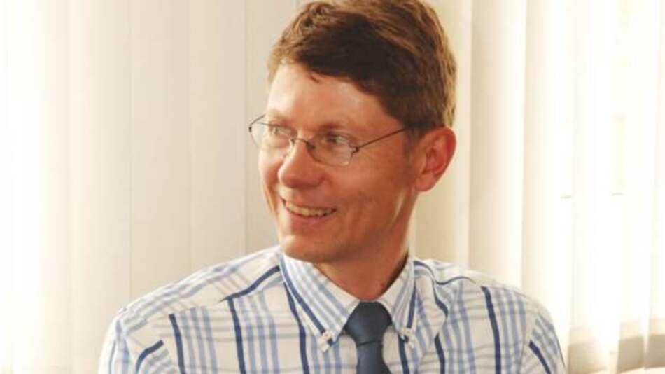 Jens Gayko, Experte für die Normung von Ladeverbindungstechnik beim VDE: »Entweder wir investieren in Gehirnschmalz und Halbleiter oder in Kupferkabel und Trafobleche!«