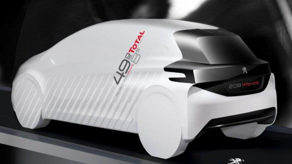 Peugeot präsentiert die Studie 208 HYbrid FE auf der IAA.