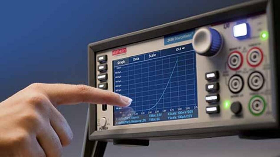Ein recht intuitiv angelegtes Touch-Bedienkonzept kann die neue Source-Measure-Unit 2450 von Keithley aufbieten.