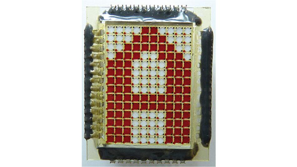 Bild 2. 3D-Anordnung mit Reservoir unterhalb der Pixelfläche.