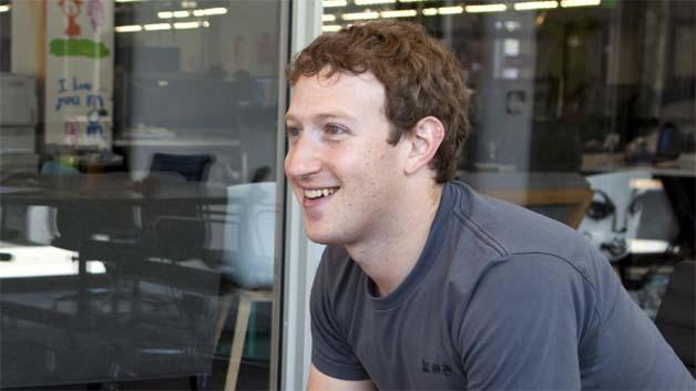 """Facebook-Chef Mark Zuckerberg hat mit """"Internet.org"""" den Plan, alle Menschen online gehen zu lassen."""