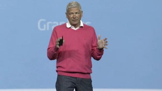 Ex-Infineon Vorstand Prof. Hermann Eul präsentierte Intels neue Tablet-Prozessoren.