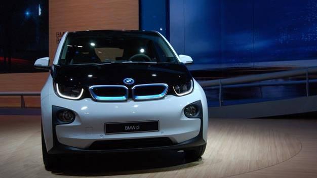 Schon kurz nach der offiziellen Vorstellung auf der IAA hat die Produktion des BMW i3 begonnen.