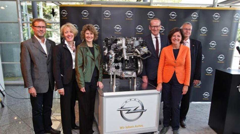 130 Mio Euro investiert Opel in das Werk Kaiserslautern. Davon profitieren alle vier Kompetenzzentren: Motorenfertigung, Presswerk, Karosseriekomponenten- und Sitzfertigung.