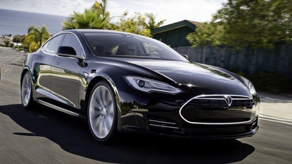 Vom Model S konnte Tesla bereits 12.000 Fahrzeuge verkaufen.