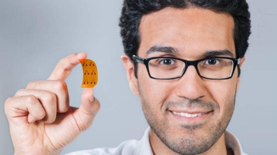 Die Forscher demonstrierten die kostengünstige Produktion von Sensoren auf der Grundlage von Kohlenstoff-Nanoröhrchen mit einem kleinen Sprühroboter. Das Verfahren kann einfach auf die Produktion in industriellem Maßstab skaliert werden.