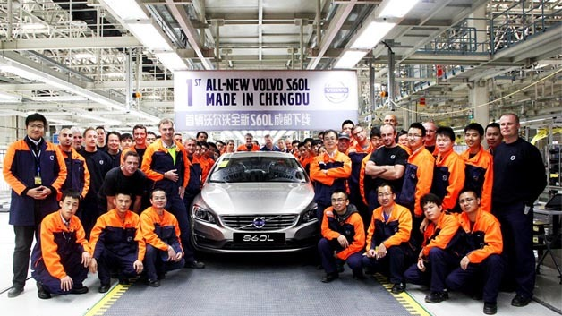 Im chinesischen Volvo Werk Chengdu lief die Serienproduktion des S60L an.