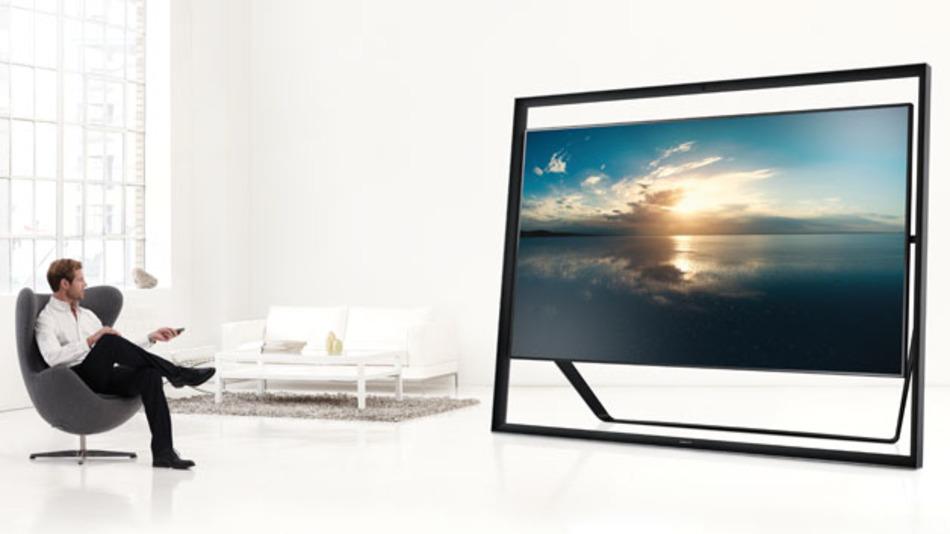 Der Trend geht zu immer größeren Displays, die folglich auch eine höhere Auflösung brauchen. Es muss aber nicht immer so groß sein wie Samsungs UHD-Fernseher S9, mit einer Bildschirmdiagonale von 85 Zoll (2,15 m) und einem Preis von 35.000 Euro.