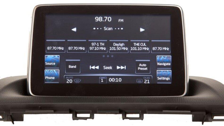 Das Automotive Tablet Display von Visteon verfügt über eine besonders strapazierfähige Oberfläche.