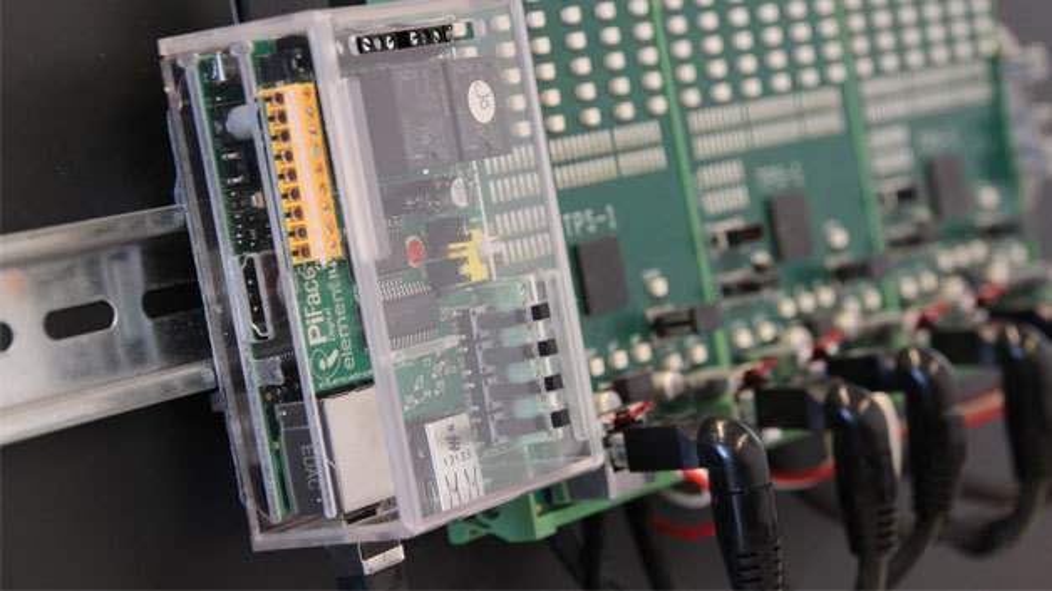 Mit dem IEC 61131 Starter Kit von KW-Software auf spannende Entdeckungsreise in die Welt der Automatisierung.