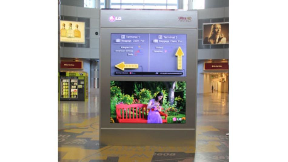 Eines der ersten UHD-Displays im öffentlichen Raum gab es 2013 auf dem Flughafen von Las Vegas zu sehen. Wer sich verlaufen hatte, den sollten die UHD-Pfeile wieder auf den richtigen Weg bringen.