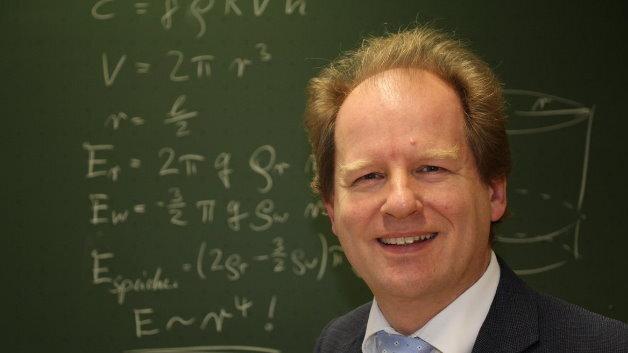 Prof. Eduard Heindl, Heindl Energy: »Der erste Lageenergiespeicher wird etwa 50 Meter Radius haben, er kann 200 Megawattstunden speichern. Damit ließe sich bereits ein wirtschaftlich operierendes System realisieren.«