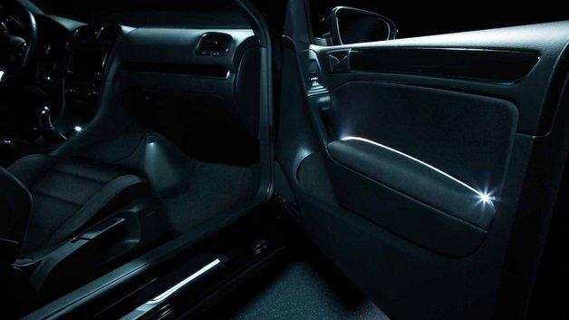 Mit den LED-Modulen von Osram lässt sich nahezu jede Fläche im Auto individuell beleuchten.