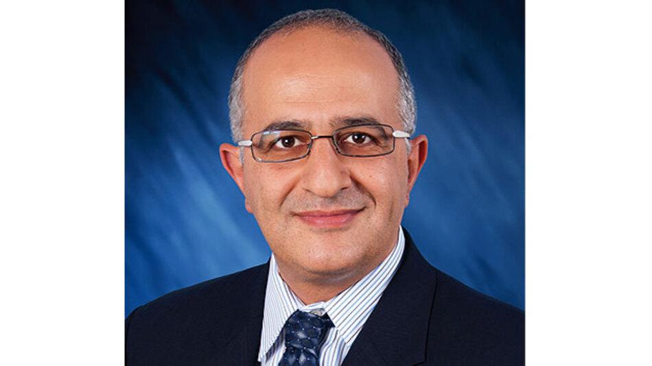 """Dr. Ali Abaye, Senior Director Automotive, Broadcom: """"Für die Entwickung innovativer Fahrzeug-Applikationen spielt Standardieserung eine wichtige Rolle"""""""
