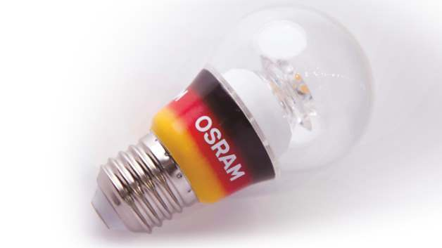 Osram präsentiert die erste von einem großen Hersteller in Deutschland gefertigte LED-Lampe in Glühlampenform.