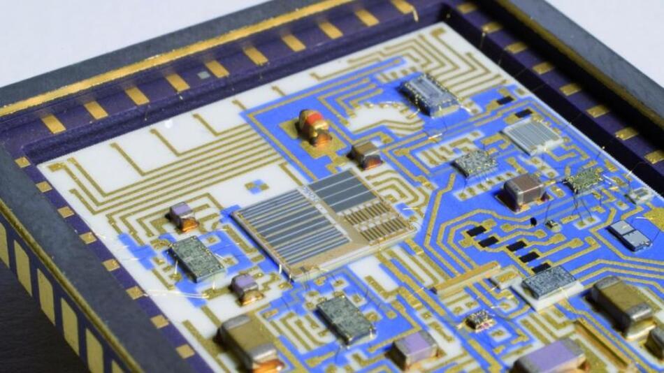 Eine Menge an Neuheiten zeigt der Bereich der HF-ICs.