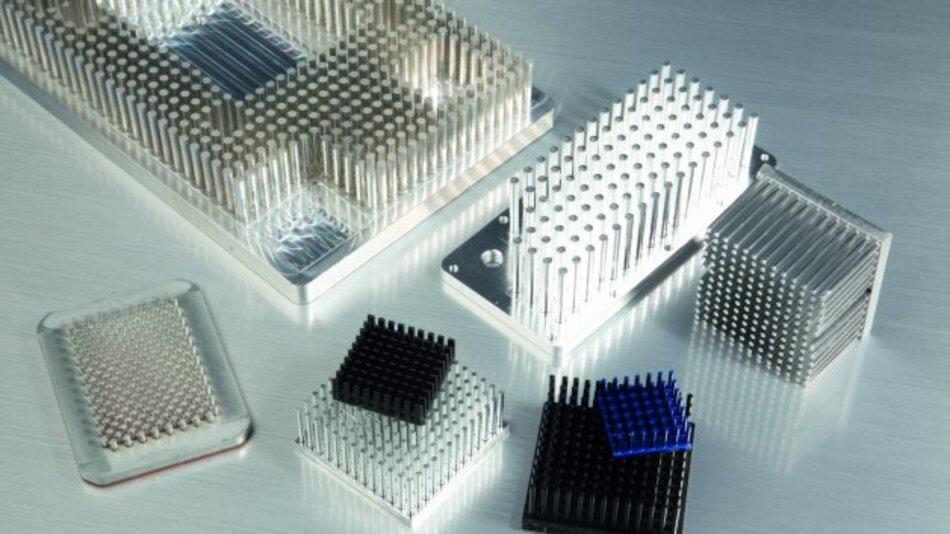 Die Alutronic Kühlkörper GmbH hat Stiftkühlkörper im Programm, die auch in Leistungsklassen mit einer Abwärme von über 500 W eingesetzt werden können.