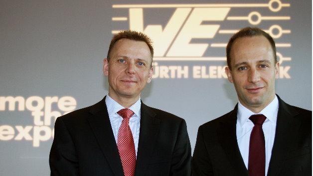 Josef Wörner (links im Bild) leitet als Head of Sales seit Anfang 2014 den globalen Vertrieb. Romain Jugy verantwortet als Head of Product Management die Bereiche Produktion und Entwicklung.