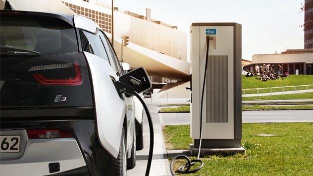 Deutschland braucht eine flächendeckende Infrastruktur, damit sich die Elektromobilität durchsetzt.