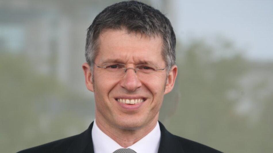 Dr. Bernhard Rohleder Hauptgeschäftsführer des Bitkom