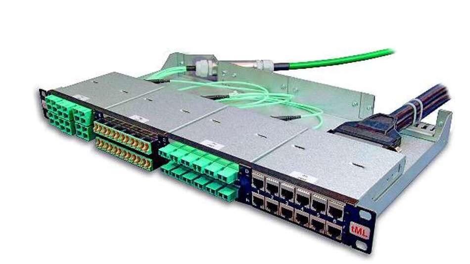 Bild 2: Das System »tML« (tde Modular Link), bestehend aus Modul, Trunkkabel und Modulträger, ist ein Plug-&-Play-Verkabelungssystem, das Übertragungsgeschwindigkeiten bietet, wie es 100-Gigabit/s-Ethernet benötigt