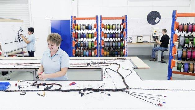 Kabelsatz-Entwicklung und -Integration bei Bertrandt in Rüsselsheim.