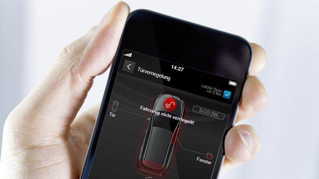 Die Türfernschließung und -entriegelung ermöglicht es, die Türen eines Fahrzeugs aus der Ferne online zu öffnen oder zu schließen, zum Beispiel wenn vergessen wurde, das Fahrzeug abzuschließen.