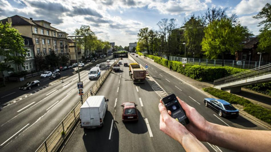 Feinstaub messen mit dem Smartphone – die Forscher des KIT Karlsruhe sind auf einem guten Weg.