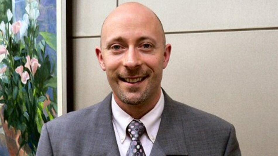 TIs MSP430-Chef Emmanuel Sambuis wechselte zum Wettbewerber Freescale.
