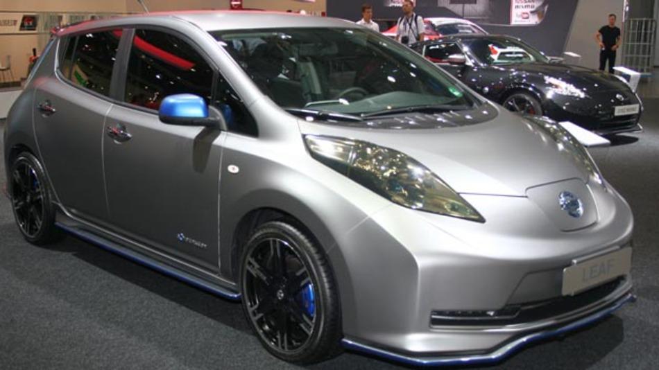Der Nissan Leaf wird zur AMI 2014 mit Aero-Performance-Tuning-Kit vorgestellt.