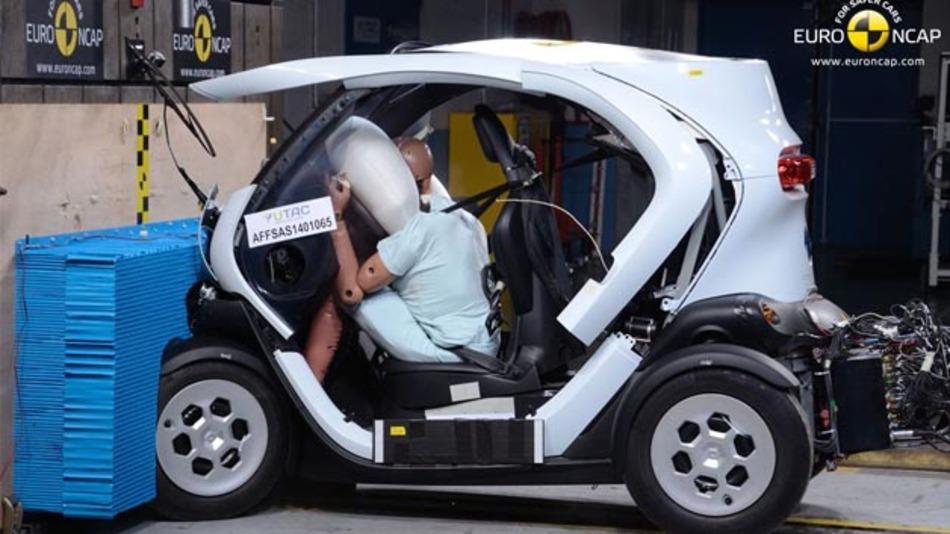 Leichtkraftfahrzeuge wie der Renault Twizy schlossen beim Euro-NCAP-Crash-Test schlecht ab.