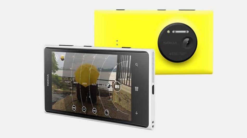 Das Nokia Lumia 1020 (hier im Bild) soll wohl schon bald ein Nachfolgemodell bekommen - mit berührungslos funktionierender Bedienung.