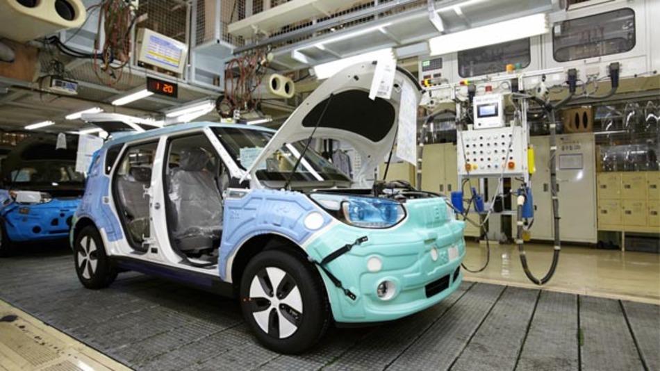 Die Serienproduktion des Kia Soul EV ist angelaufen. Im Herbst soll das Elektrofahrzeug auch in Deutschland erhältlich sein.