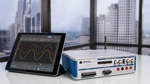 Mobiler geht es nicht mehr: Anwender können per WLAN auf die fünf integrierten Messgeräte der NI VirtualBench zugreifen und beliebige Messungen ausführen und abspeichern.