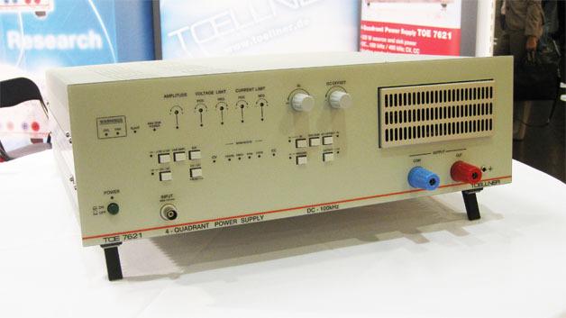 Leistungsverstärker und 4-Quadranten-Quelle/Senke sind die neuen Geräte der TOE 7621-Serie.
