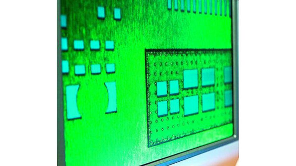Mit Hilfe des neuen Verfahrens lassen sich alle gängigen Schablonentypen in Dicken von 25, 50 und 75 µm fertigen.
