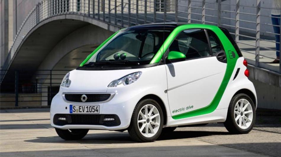 125 smart fortwo electric drive sind derzeit für das Elektromobilitätsprojekt eMerge unterwegs.
