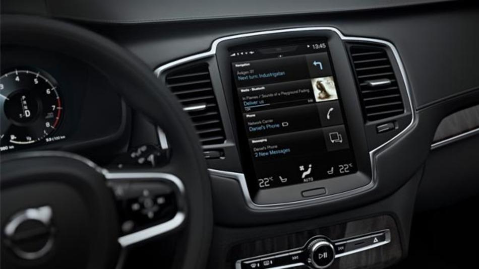 Nach Apple bringt Volvo nun auch Google ins Auto. Zukünft werden alle auf SPA-basierenden Volvo-Modelle mit Android Auto ausgestattet.