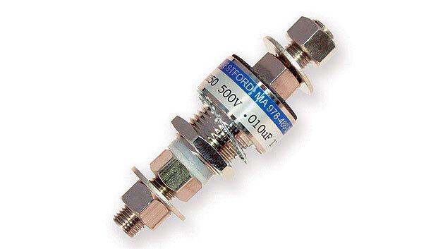 Bild 2. Typischer Hochstrom-Durchführungskondensator.