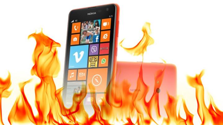 Ein Nokia Handy verbrennt