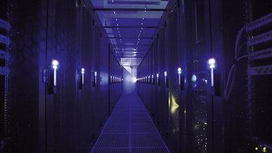 Einblick in das QSC-Rechenzentrum München – nur eines von mehreren ISO- und TÜV-zertifizierten Rechenzentren von QSC in Deutschland.