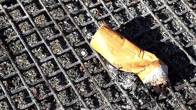Südkoreanische Forscher haben Zigarettenkippen als Stromspeicher entdeckt.