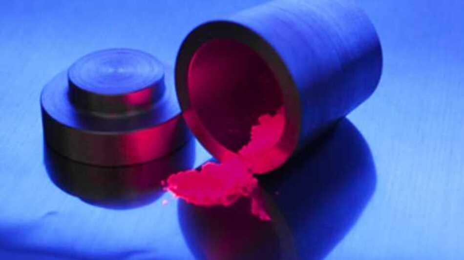 Der neu entdeckte rote Leuchtstoff verbessert die Farbwiedergabe weißer Leuchtdioden