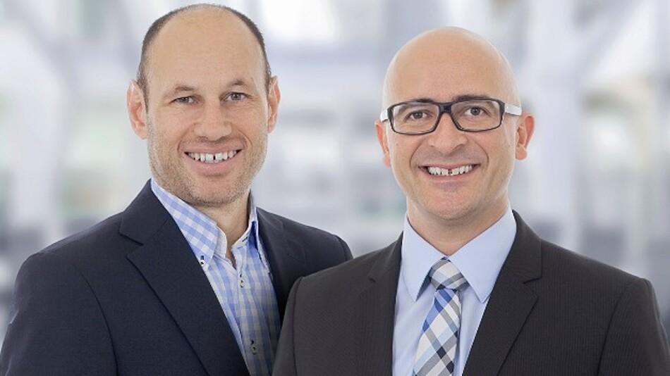 Jürgen Hartmann und Torsten Wiesinger, Geschäftsführer von IDS Imaging Development Systems, einem der USB-Pioniere in der industriellen Bildverarbeitung