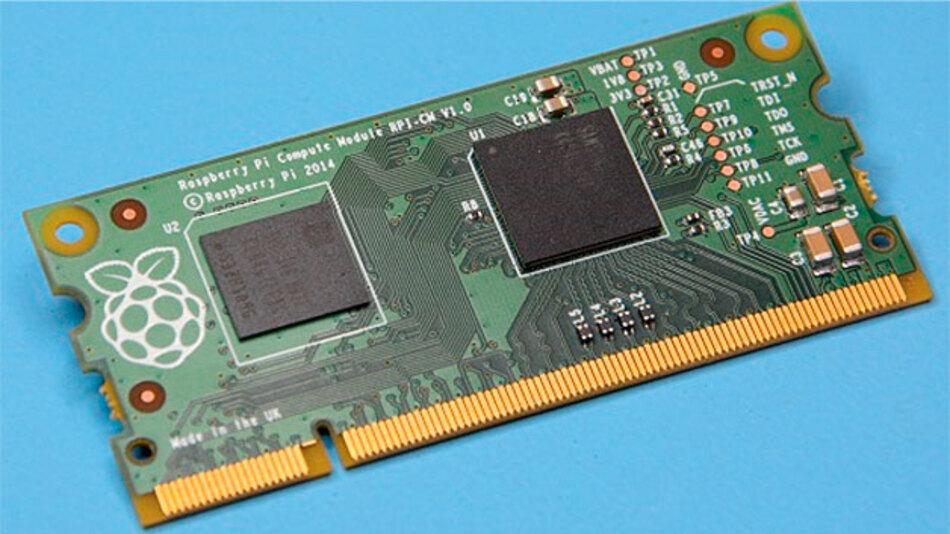 Bild 1. Das Raspberry Pi Compute Module hat die Bauform eines Speichermoduls und beherbergt lediglich den SoC BCM2835 mit integriertem RAM sowie den Flash-Speicher in Form eines eMMC-Chip