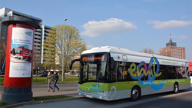 """Induktiv-Elektrobus """"Emil"""" fährt bereits im Braunschweiger Linienverkehr."""