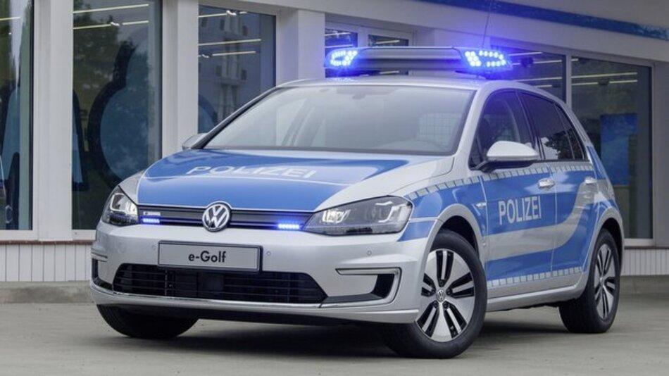Der e-Golf als Einsatzfahrzeug für die Polizei.