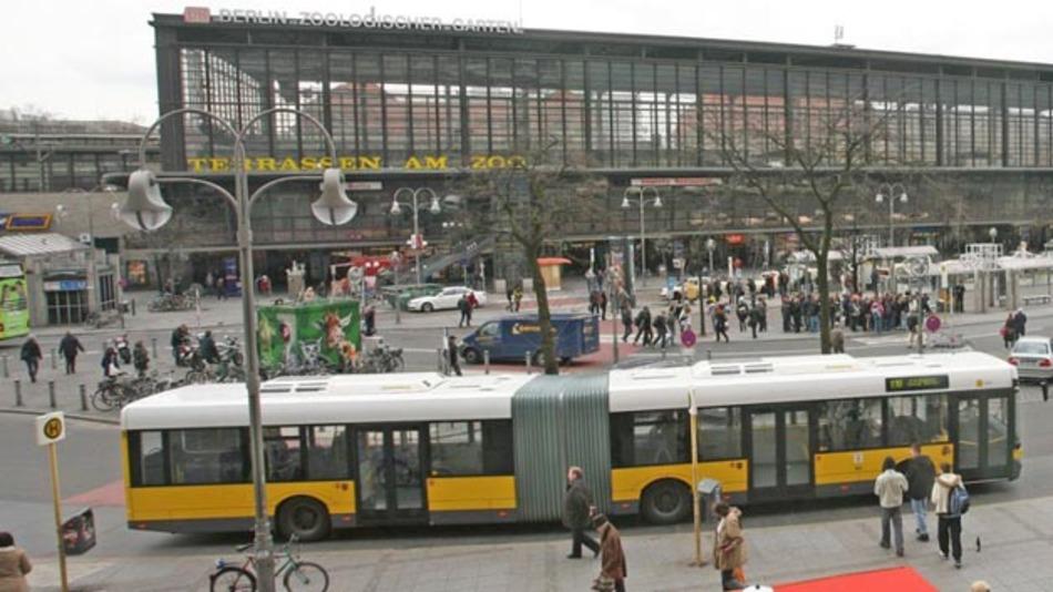Im Sommer 2015 soll in Berlin die Berliner Buslinie 204 elektrisch unterwegs sein.