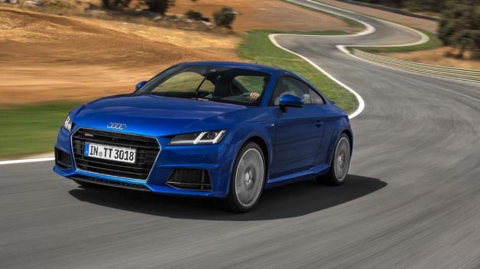 Im Oktober 2014 kommt der neue Audi TT in den Handel. Während das Profil an die erste Generation erinnern soll, hat der Automobilhersteller das Bedienkonzept völlig neu aufgezogen.